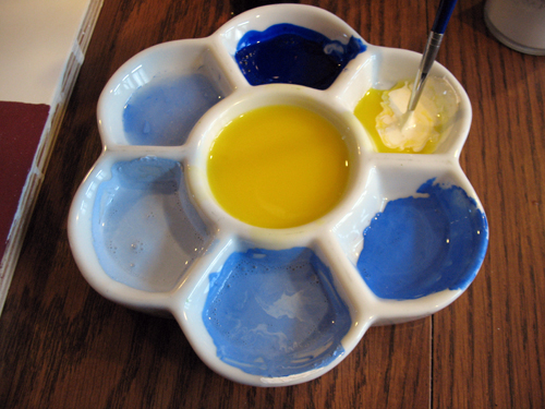 Mixing several values of blue with the egg medium